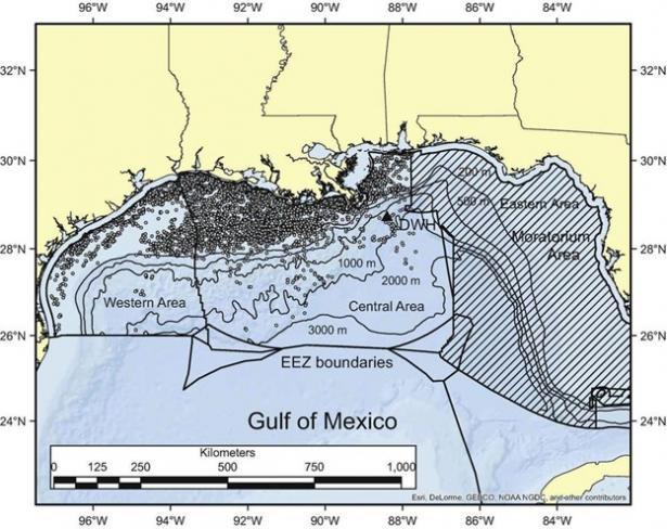 map showing oil and gas wells in Gulf of Mexico