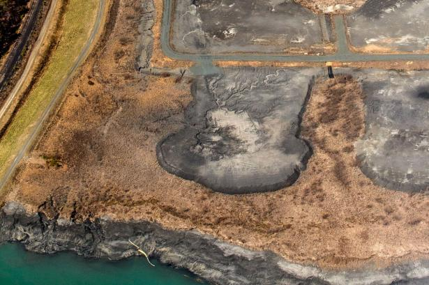 coal ash pond pollution