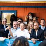 Oscar López Rivera Returns Home to Chicago feature image
