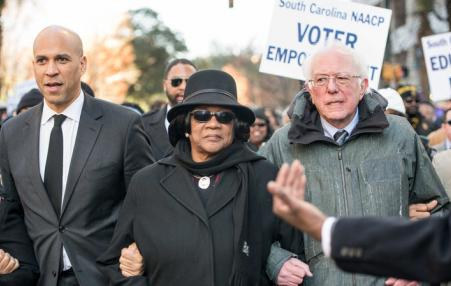 Booker and Sanders in demonstration