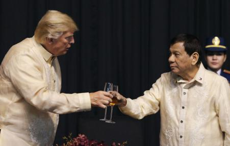 Trump and Duterte toasting